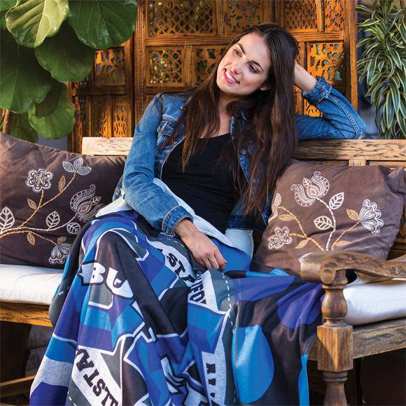 DP2210 - Heather Gray Sweatshirt Blanket